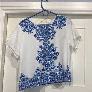 Super cute blue and white top